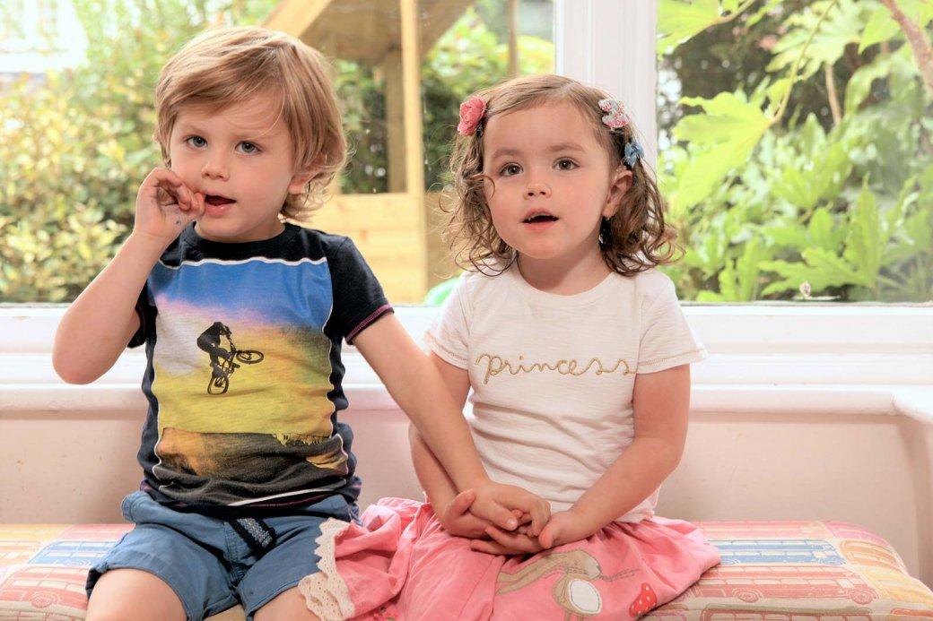 Twins Ella & George
